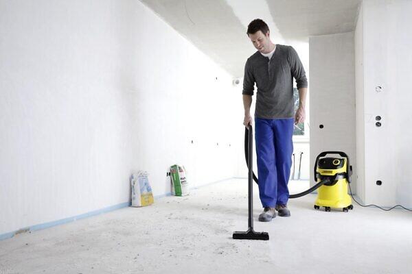 Хозяйственный пылесос Karcher WD 5 уборка помещения