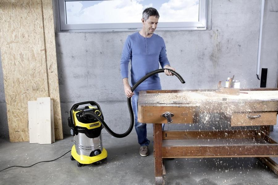 Хозяйственный пылесос Karcher WD 5 уборка