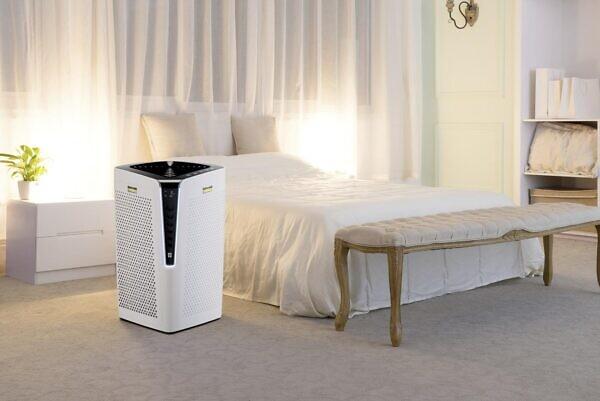 Воздухоочиститель AF 100 в работе дома