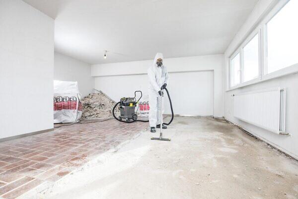 Безопасный пылесос NT 50/1 Tact Te H в работе