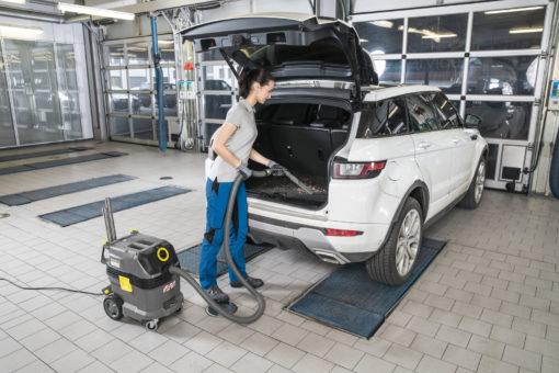 NT 30/1 Tact L в работе для чистки машины